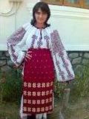 Costum Oltenia de la Motocris Artizanat Srl