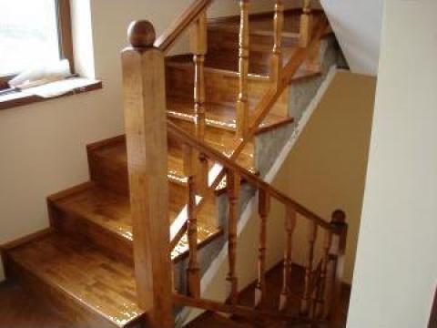 Placare scari de beton cu trepte din lemn