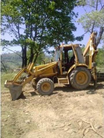 Buldoexcavator Case  580 super kt de la Argo Srl
