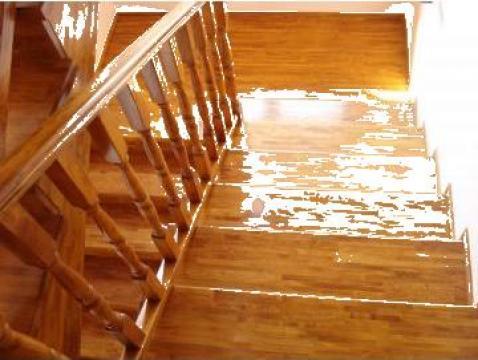 Placare scari din beton cu lemn masiv de la Bigal Plast