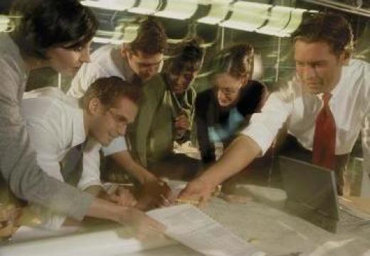 Management de proiect pentru industrie si constructii de la Convidal Grup Srl