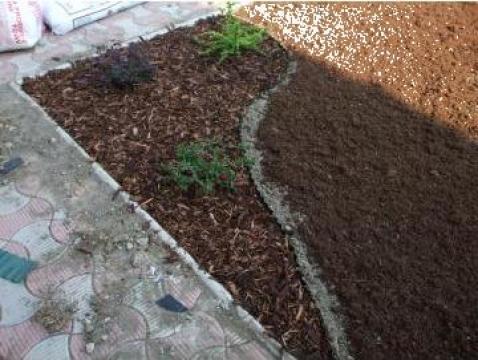 Ghivece si jardiniere din lemn, banci si pergole de la Garden Rustic Spatii Verzi