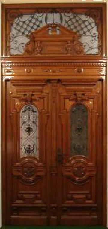 Poarta intrare din lemn de stejar de la Komfort Wood