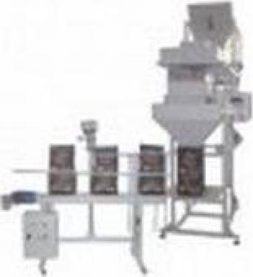 Masina pentru dozat produse granulare de la Tehno Star Prodimpex S.r.l.