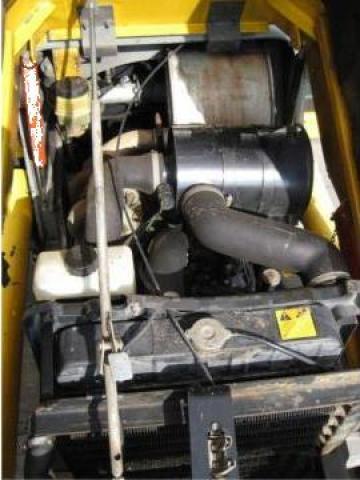Buldoexcavator MF96