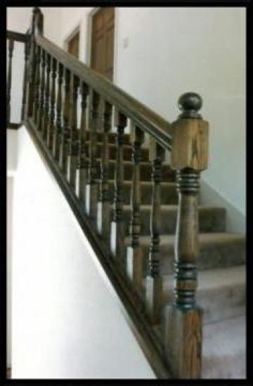 Balustrada lemn stejar baituit nuc de la Prod Com Sighet Srl