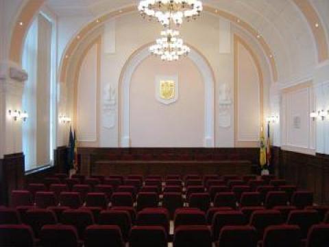 Amenajare interioara sala conferinta de la Grama Style