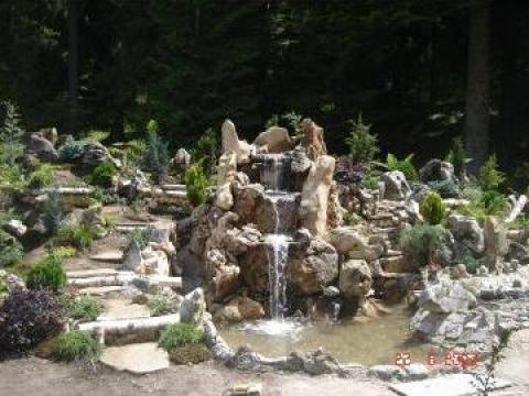 Cascade piatra rustica, lacuri, paraiase de la North Star Garden