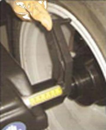 Masina de echilibrat roti YN-A-TECH 922 de la Tecnowash 2000 Impex S.R.L