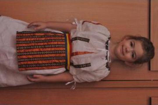 Costume nationale pentru copii de la J. S. Events