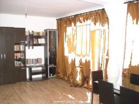 Apartament cu 3 camere pe Aleea Buia, Hipodrom III