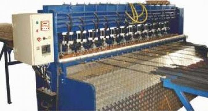 Agregat automat confectionat panouri sudate din sarma de la Sc Rom Prest Service Srl