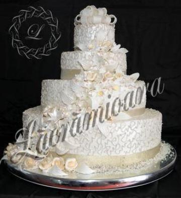 Tort mireasa de la Lacriandra Lux Srl