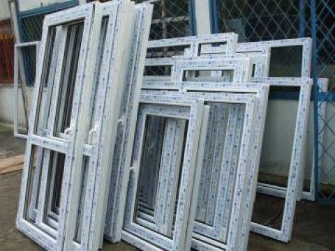 Tamplarie PVC, usi interioare, exterioare, balcoane de la Expert D&G Srl