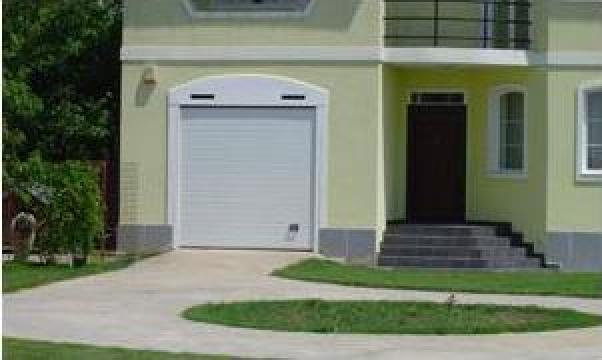Usa de garaj Benefit Constanta de la Gamaterm Design