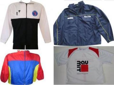 Personalizari tricouri, echipamente sportive, esarfe de la Tricosport Impex S.r.l.