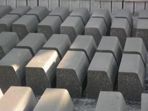 Borduri beton 50x20x25 de la N A D. Cornetu