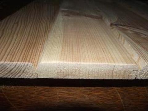 Lambriu din lemn de la Dogarul Albert Srl