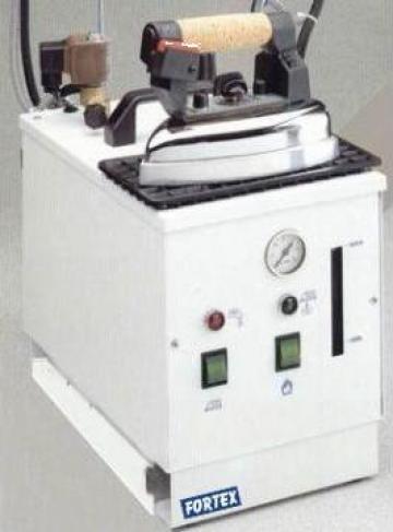 Generator aburi Pratika cu fier de calcat de la Fortex