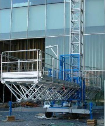 Platforma metalica pentru fatada PEC 170 de la Azzurra Piattaforme