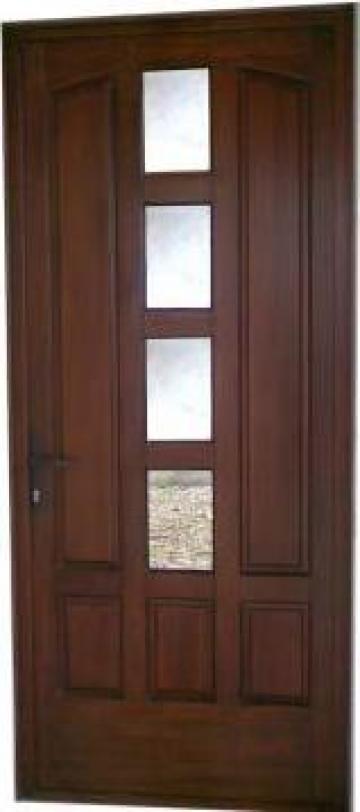 Usa de exterior din lemn Meranti de la I. I. Gheorghita Ctin Neculai