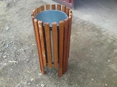 Cos gunoi din lemn de la Ralmetal Remad Srl