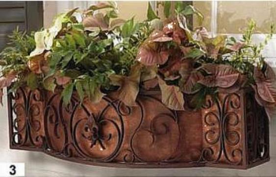 Jardiniere fier forjat de la Loby Design