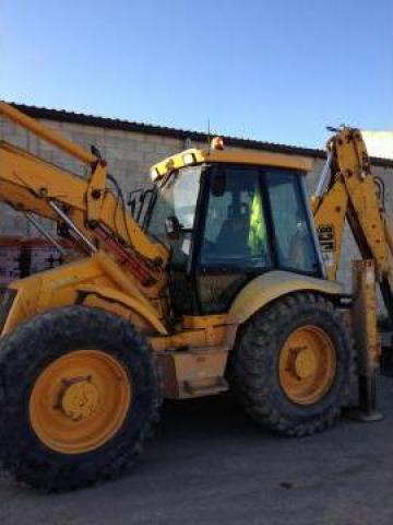 Buldoexcavator Jcb 4 Cx de la Sc Yam Quatromobil Srl