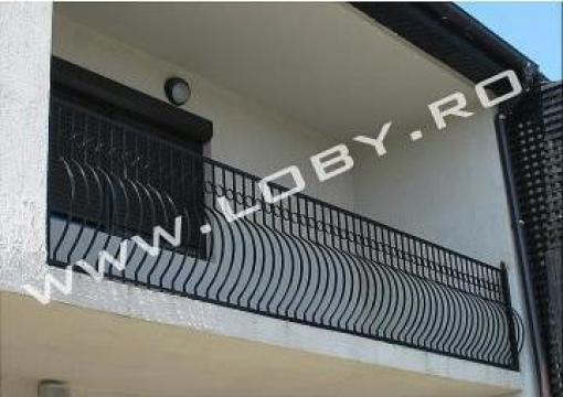 Balcon din fier forjat simplu cu burta de la Loby Design