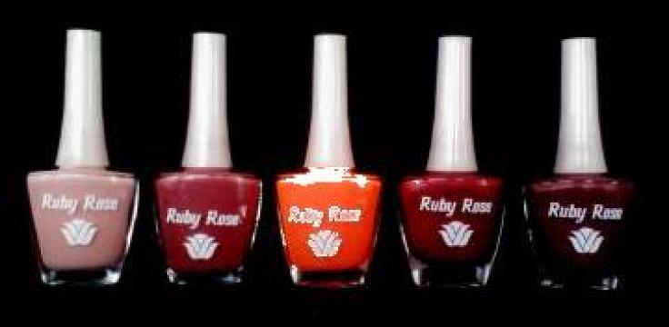 Oja, lac de unghii de la Ruby Rose Cosmetics Srl