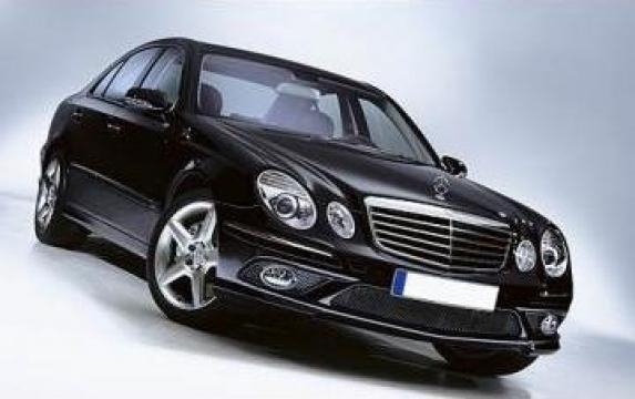 Inchiriere masini de lux cu sofer de la Bucharest Black Limo Services Srl