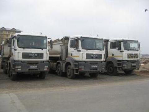 Inchiriere Autobasculante 8x4 de la B&I Truck Service Srl
