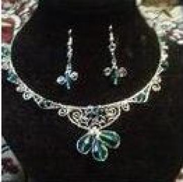 Set bijuterii placat cu argint cu cristale de la