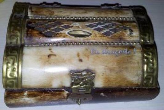 Casete bijuterii personalizate