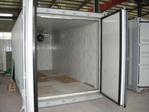 Camere si depozite frigorifice refrigerare / congelare de la Amadi & Co Comimpex Srl