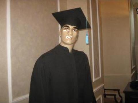 Uniforme scolare, toci, robe pentru cursuri festive de la I.i. Liviu Paduraru