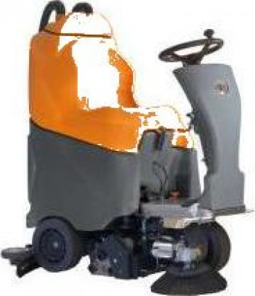 Masina curatare pardoseli Brio 75 RW de la Tehnic Clean System