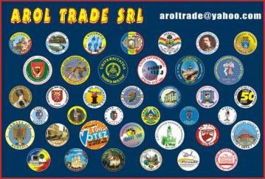 Insigne personalizate din tabla ambutisata de la Arol Trade Srl
