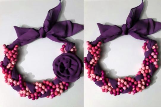 Colier roz cu violet