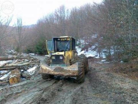 Utilaj forestier TAF D1004 Perkins 105 cp de la