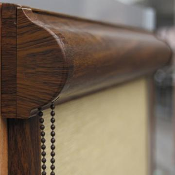 Rolete textile mini cu caseta wood effect de la Artamis Stor Srl