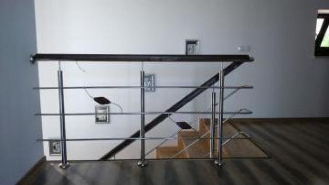 Balustrade inox cu insertie lemn de la Space Inox Design