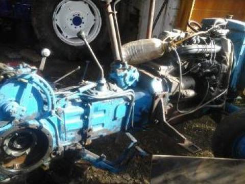 Motor Fiat 445 in trei pistoane de la