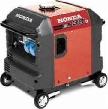 Generator de curent, insonorizat, 3 KVA Honda, EU 30 i S de la Nascom Invest