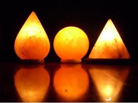 Lampi slefuite din Sare de Himalaya de la Adon Olam Srl