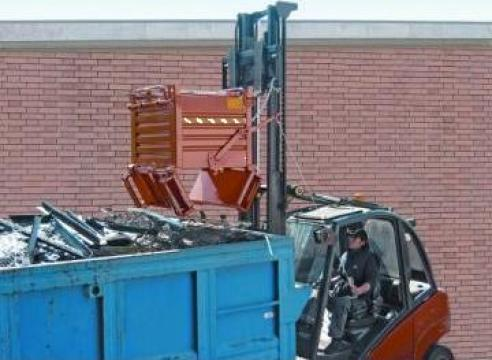 Containere cu podea rabatabila de la Elkoplast Romania Srl.