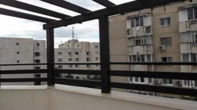 Balustrade din lemn rasinos - pentru exterior de la Venbocons Srl