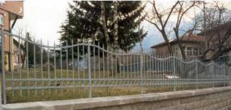 Gard fier forjat pe comanda de la Rollux Construct