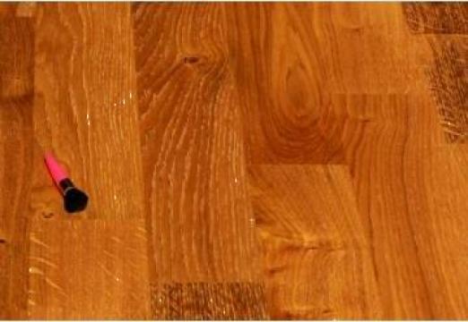 Parchet din lemn de stejar triplustratificat