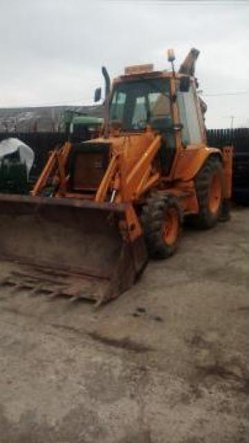 Buldoexcavator Case 580 SK de la